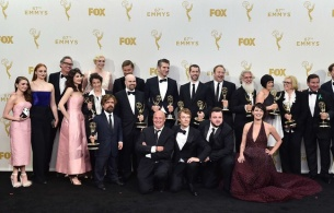 648x415_the-cast-and-crew-of-game-of-thrones-winners-of-the-award-for-outstanding-drama-series-pose-in-the